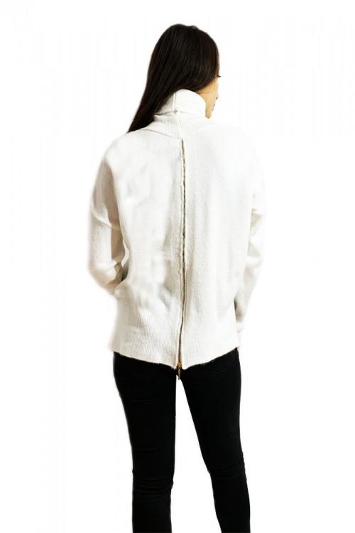 Pulover dama alb pe gat