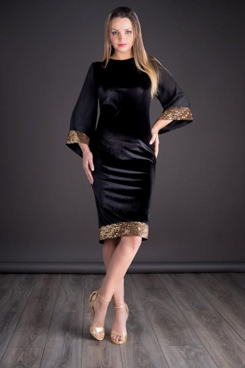 Rochie eleganta din catifea...