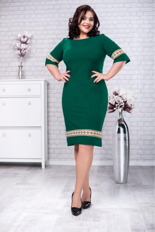 Rochie verde cu motive...