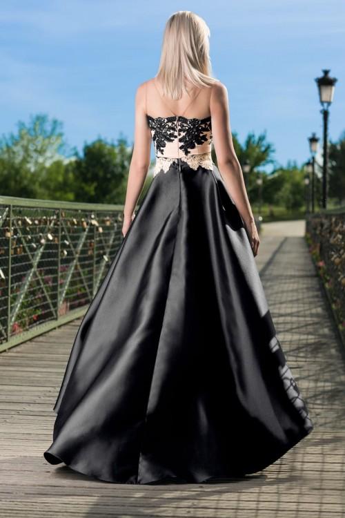 Rochie neagra eleganta...