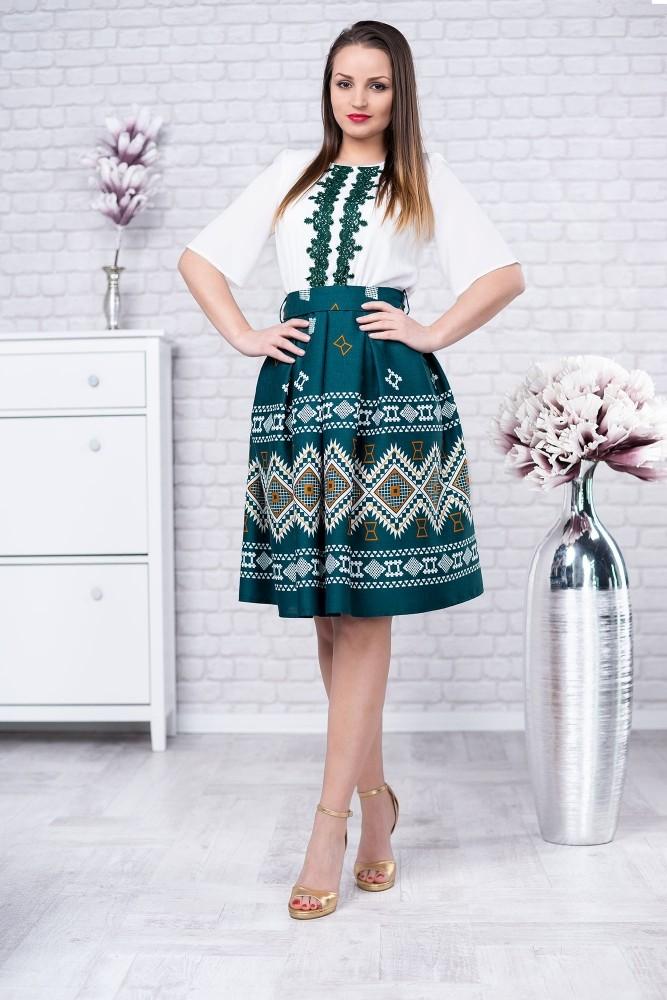 Rochie Verde Cu Motive Traditionale Doina