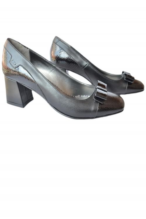 Pantofi dama cu toc patrat...