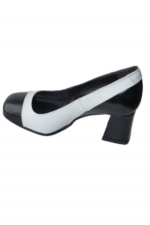 Pantofi cu toc patrat alb &...